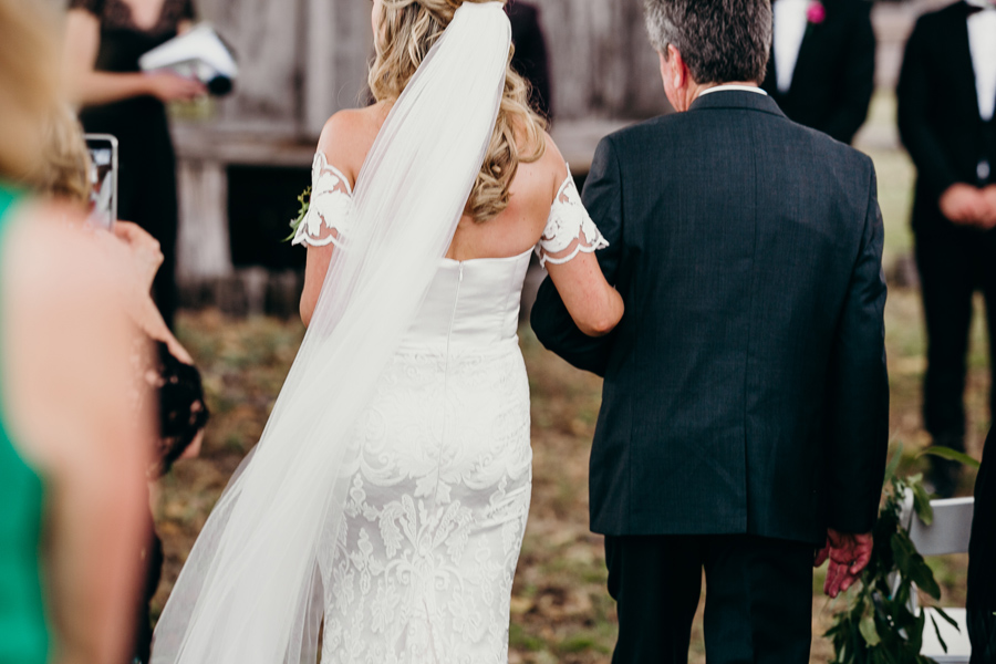 Coronation Hall Wedding Photographer Somerset Dam Bebes Farmhouse Photography Queensland Rustic Country DIY Wedding _0025