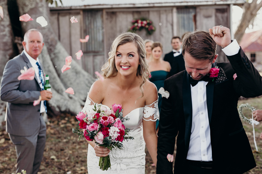 Coronation Hall Wedding Photographer Somerset Dam Bebes Farmhouse Photography Queensland Rustic Country DIY Wedding _0031