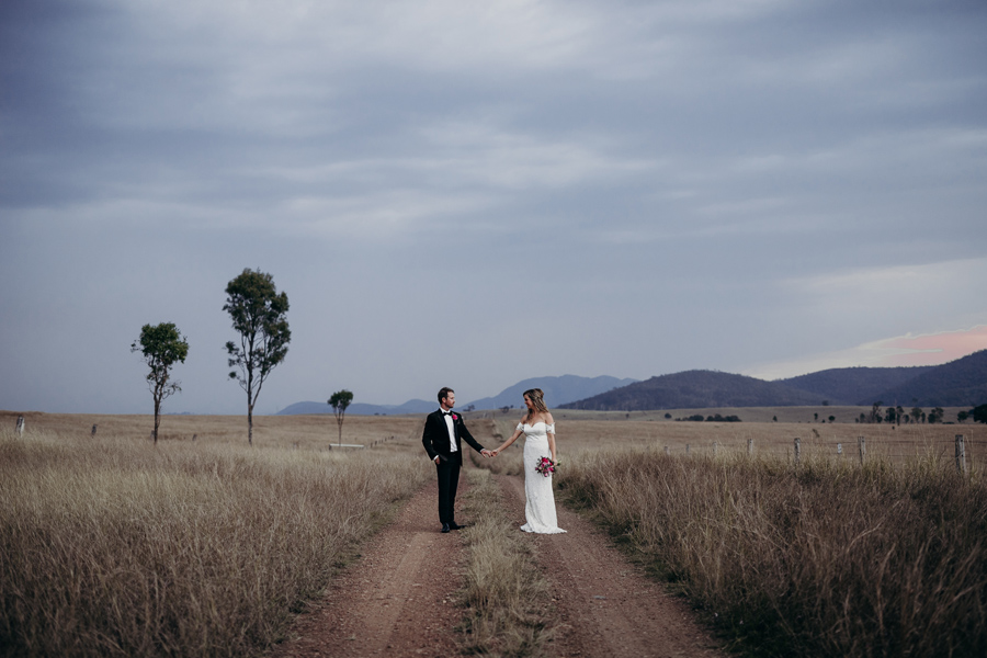 Coronation Hall Wedding Photographer Somerset Dam Bebes Farmhouse Photography Queensland Rustic Country DIY Wedding _0048